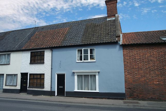 Thumbnail Terraced house for sale in Blyburgate, Beccles