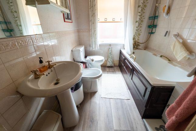Bathroom of Belgrave Road, Darwen BB3