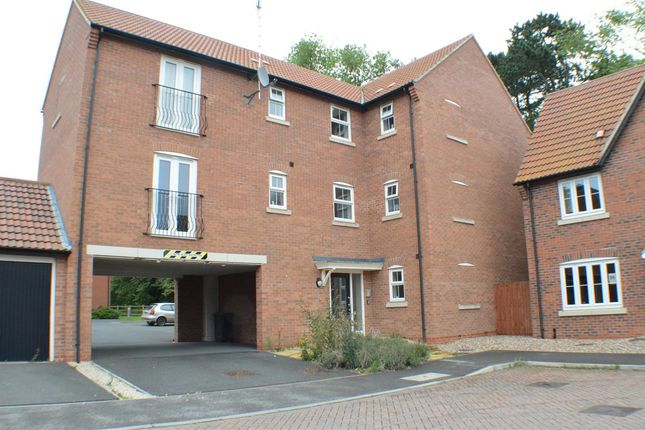 2 bed flat for sale in Montrose Grove, Greylees, Sleaford