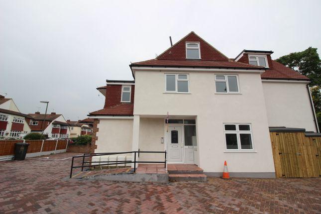1 bed flat to rent in Worcester Park Road, Worcester Park, Surrey