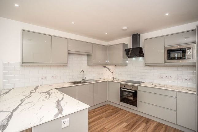Thumbnail Flat to rent in Eastcombe Avenue, London
