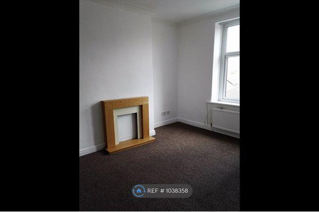 2 bed flat to rent in Heysham Road, Morecambe LA3
