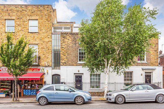 Thumbnail Terraced house for sale in Wynford Road, London