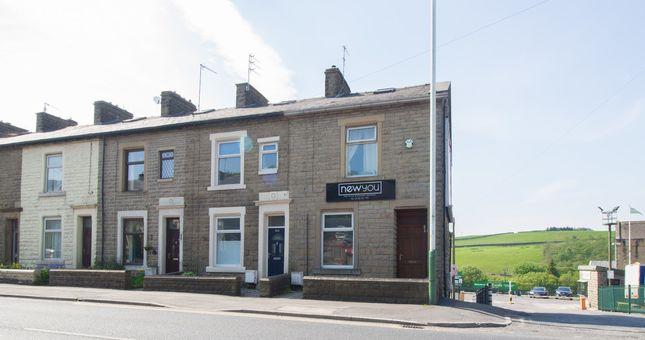 Thumbnail Retail premises to let in Blackburn Road, Rising Bridge, Accrington