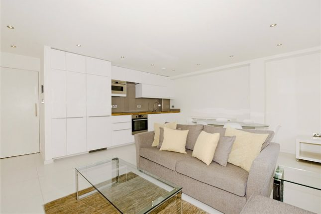 Thumbnail Mews house to rent in North Mews, London
