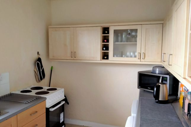 Thumbnail 2 bed flat to rent in Carlops Avenue, Penicuik, Midlothian