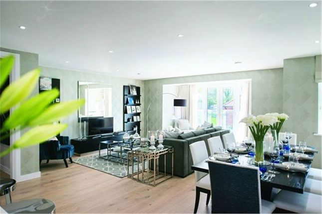 Thumbnail Flat for sale in Brookmans Manor, 2 Georges Wood Road, Brookmans Park, Hertfordshire