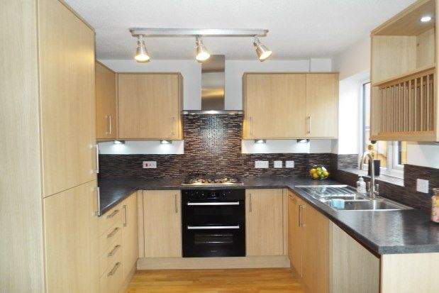 3 bed property to rent in Scholars Gate, Burntwood WS7
