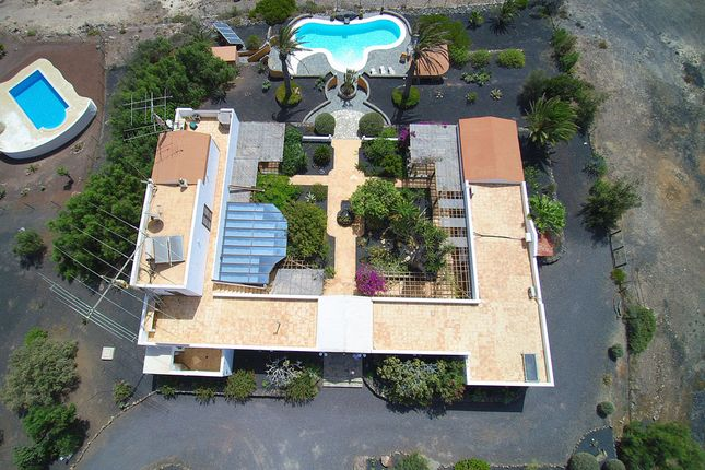 Thumbnail Villa for sale in El Rosal 25, 35649 Parque Holandés, La Oliva, Fuerteventura, Canary Islands, Spain