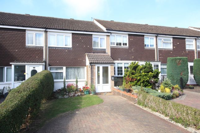 3 bed terraced house to rent in Swanstand, Letchworth Garden City SG6