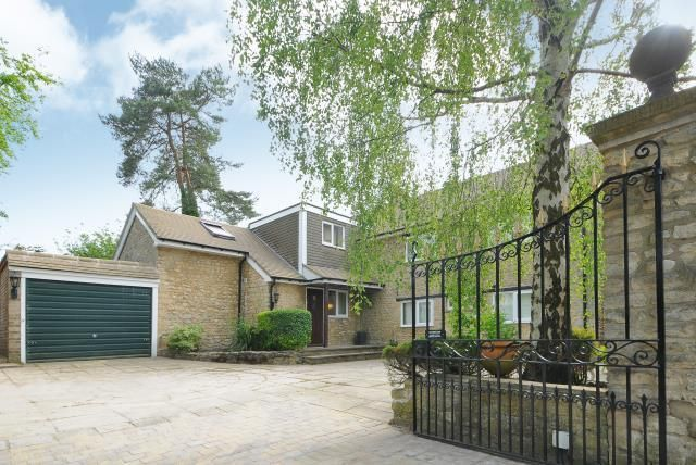 Thumbnail Detached house for sale in West Oxford, Oxfordshire