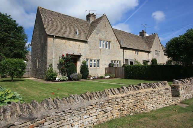 Thumbnail Cottage for sale in Bulls Close, Filkins