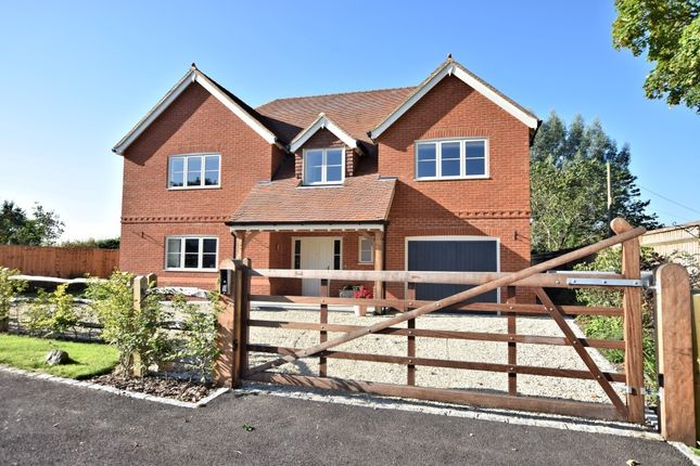 Thumbnail Detached house for sale in Bix, Henley-On-Thames