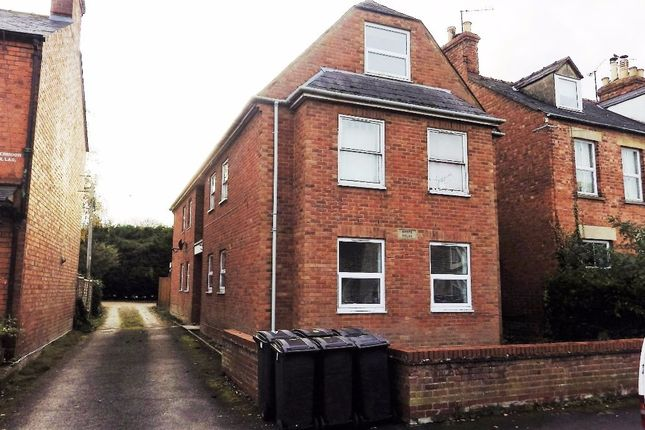 2 bed flat to rent in Watermoor Road, Cirencester