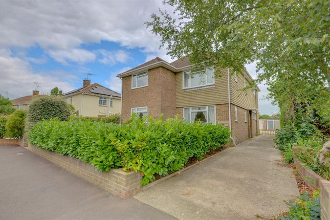 Thumbnail Flat for sale in Nutley Crescent, Goring-By-Sea, Worthing