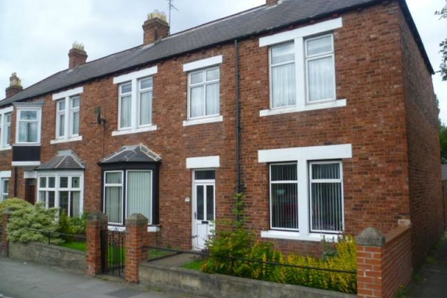Thumbnail Semi-detached house to rent in Newcastle Road, Chester Le Street
