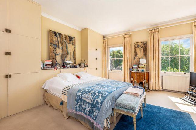 Bedroom of Warwick Square, Pimlico, London SW1V