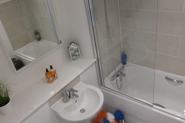 """Thumbnail Flat for sale in """"Apartment 16"""" at Union Road, Rochdale"""