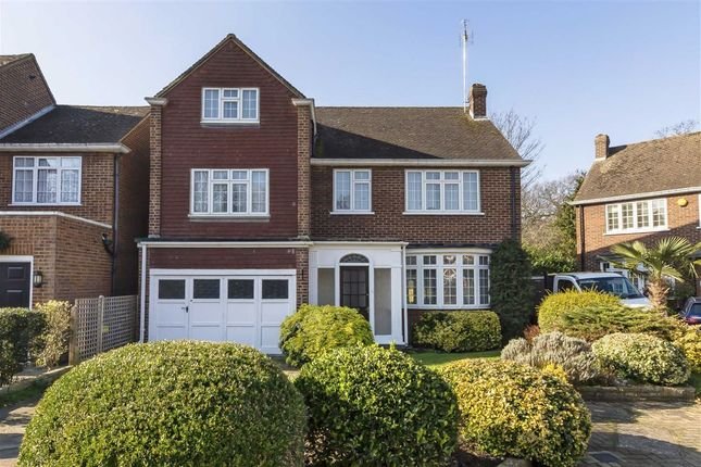 Thumbnail Detached house for sale in Elizabeth Way, Feltham