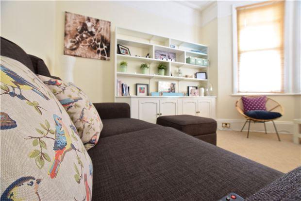 1 bed flat for sale in Oakdale Road, Tunbridge Wells