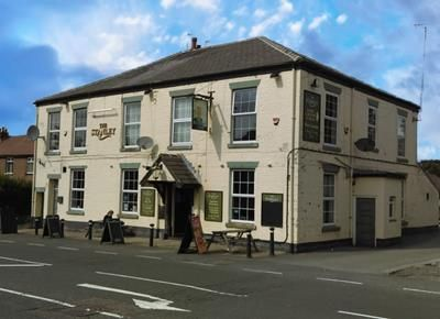 Thumbnail Pub/bar for sale in Stanley Arms, 122 Ormskirk Road, Skelmersdale, Lancashire