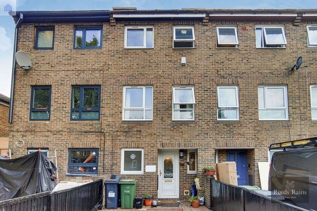 Thumbnail Terraced house for sale in Fitzalan Street, London