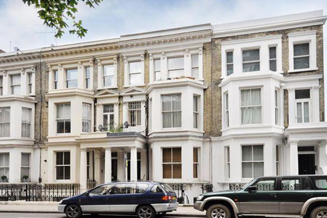 Thumbnail Flat for sale in Edith Grove, London