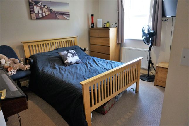 Bedroom One of Meadow Side Road, East Ardsley, Wakefield WF3