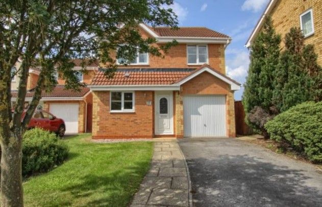 Thumbnail Detached house to rent in Bernica Grove, Ingleby Barwick, Stockton-On-Tees