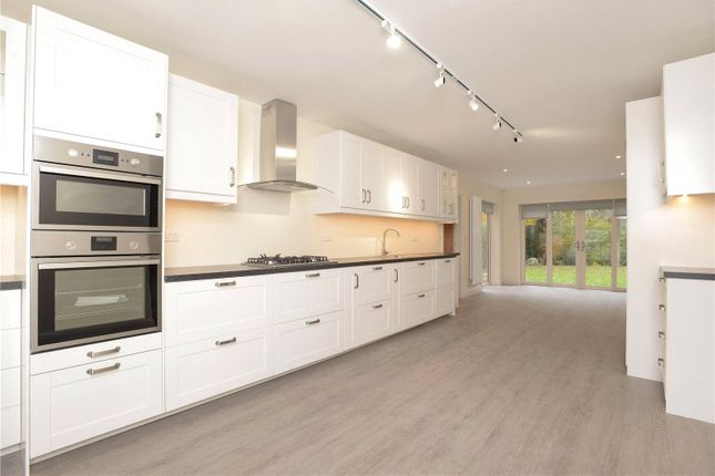 Thumbnail Detached house to rent in Vale Road, Wilmslow, Cheshire