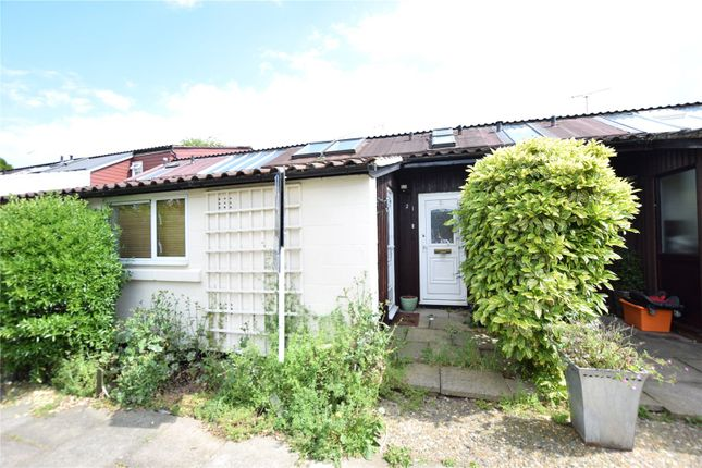 Picture No. 10 of Longwick, Langdon Hills, Basildon, Essex SS16