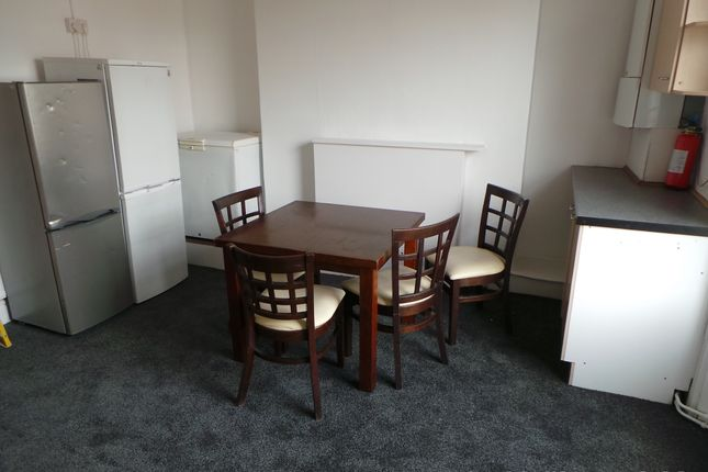 Thumbnail Flat to rent in 17 High St, Leamington Spa
