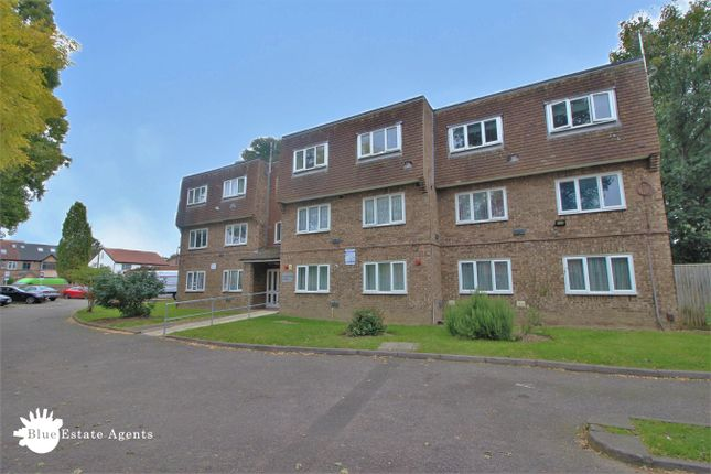 1 bed flat for sale in Vicarage Farm Road, Hounslow TW5
