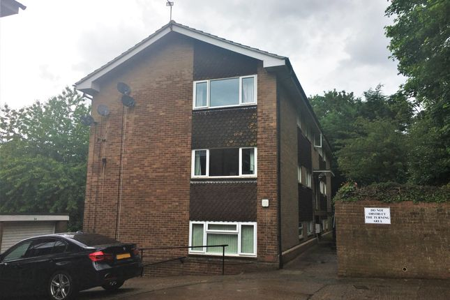 Thumbnail Flat to rent in The Marles, Exmouth