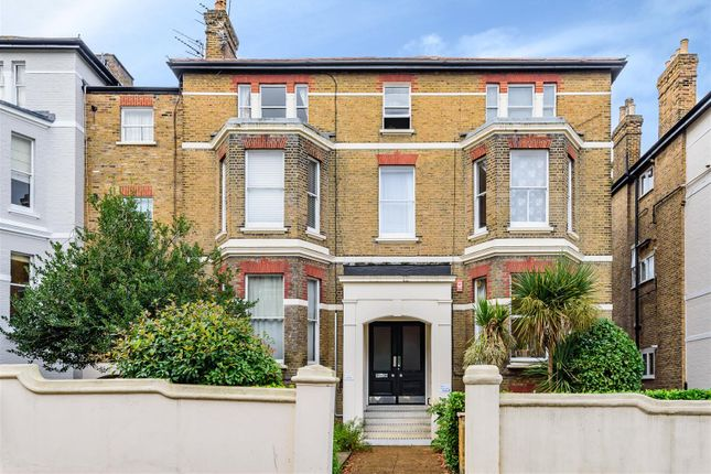 1 bed flat for sale in Church Road, Richmond TW10