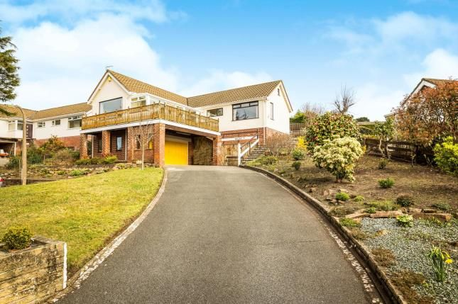 Thumbnail Bungalow for sale in Broomfield Close, Heswall, Wirral