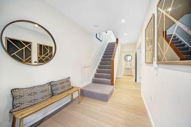 Thumbnail Mews house to rent in Topsfield Parade, Tottenham Lane, London