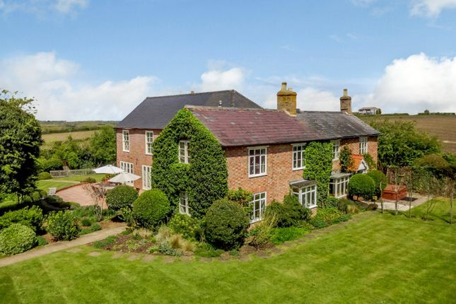 6 bed detached house for sale in Darlingscote Road, Shipston-On-Stour CV36