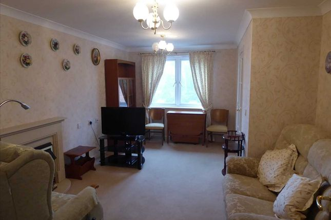 Lounge of Milward Court, Warwick Road, Reading RG2