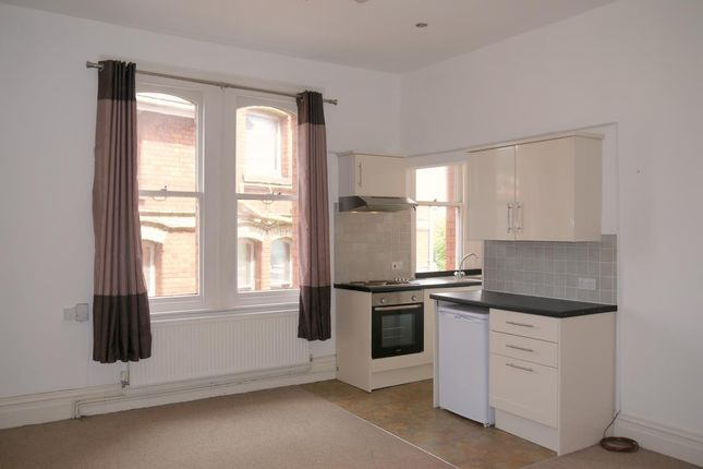 Thumbnail Flat to rent in Eaton Crescent, Uplands, Swansea