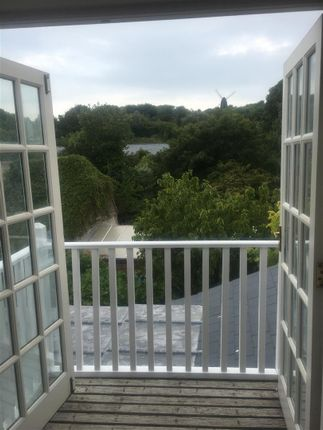 Thumbnail Flat to rent in The Green, Rottingdean, Brighton