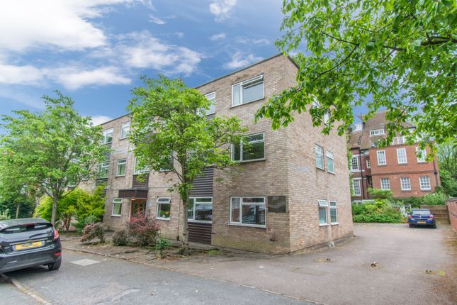 Thumbnail Flat for sale in Albert Road, Leicester