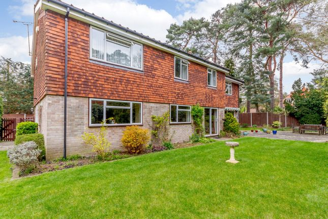 Garden of Roughlands, Pyrford GU22