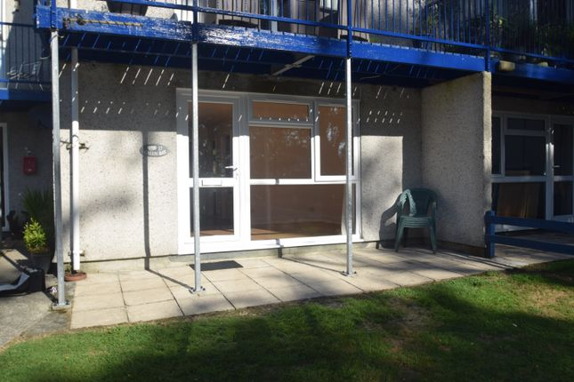 2 bed flat to rent in Swanpool, Falmouth TR11