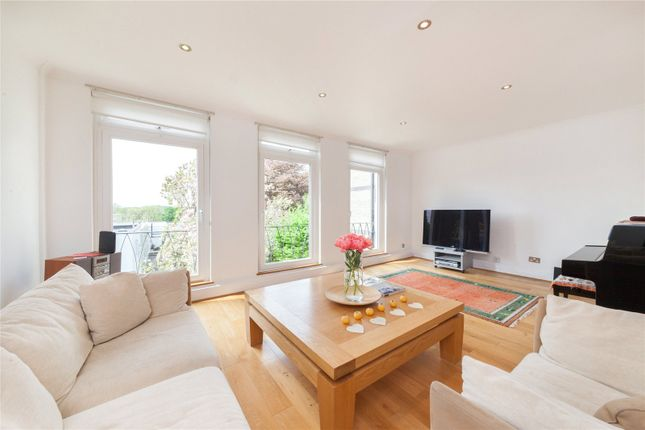 Thumbnail End terrace house for sale in North Grove, Highgate, London