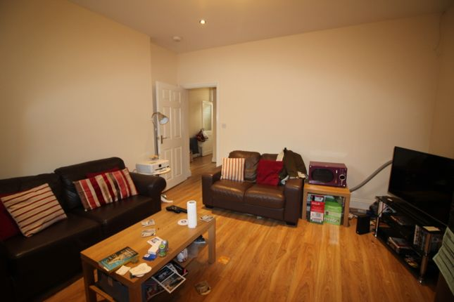 Thumbnail Maisonette to rent in Coniston Ave, Jesmond, Newcastle Upon Tyne