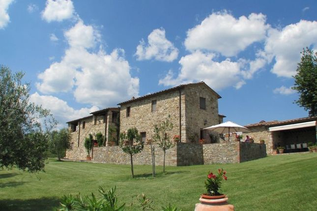 Thumbnail Farmhouse for sale in Chianti Classico, Italy, Italy