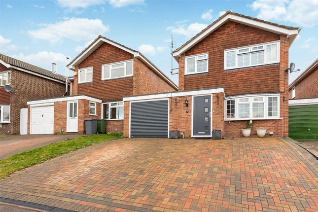 Thumbnail Link-detached house for sale in Ambrose Road, Tadley, Hants