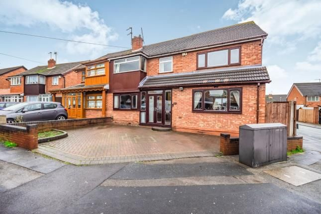 Semi-detached house in  Sandringham Avenue  Willenhall  West Midlands  Willenhall W Birmingham