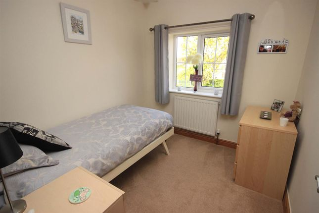 Bedroom 5 of Bawtry Road, Bessacarr, Doncaster DN4